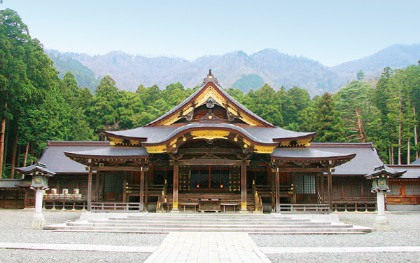 彌彦神社とものづくりの街を巡る